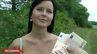 Stranger Girl Sucks Dick For Cash
