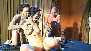 Stunning Katrina Jade likes to suck two hard shafts at the same time